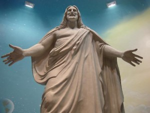 christus-statue-welcomes